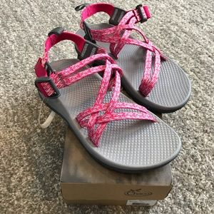 NWT Chaco Pink Grey ZX1 Ecotread Sandal Girls 3